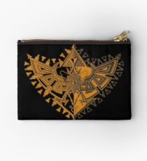 Heart Shield Triforce Bronce Gold 1/2 Studio Pouch