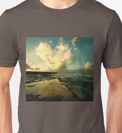 Heart of the Storm- Vintage Edition - Newtrain Bay - Cornwall T-Shirt