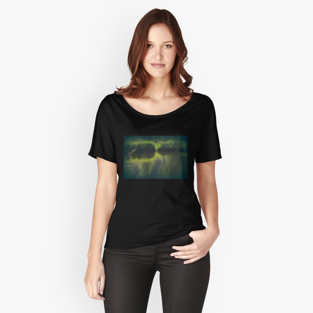 turtle swimming away at Trojan pond, near Goble, Oregon Relaxed Fit T-Shirt