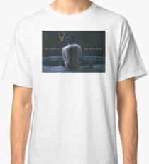 She loves me, she loves me not Bryson Tiller Classic T-Shirt