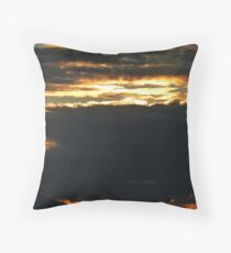 november's sunset III - puesta del sol en noviembre Throw Pillow