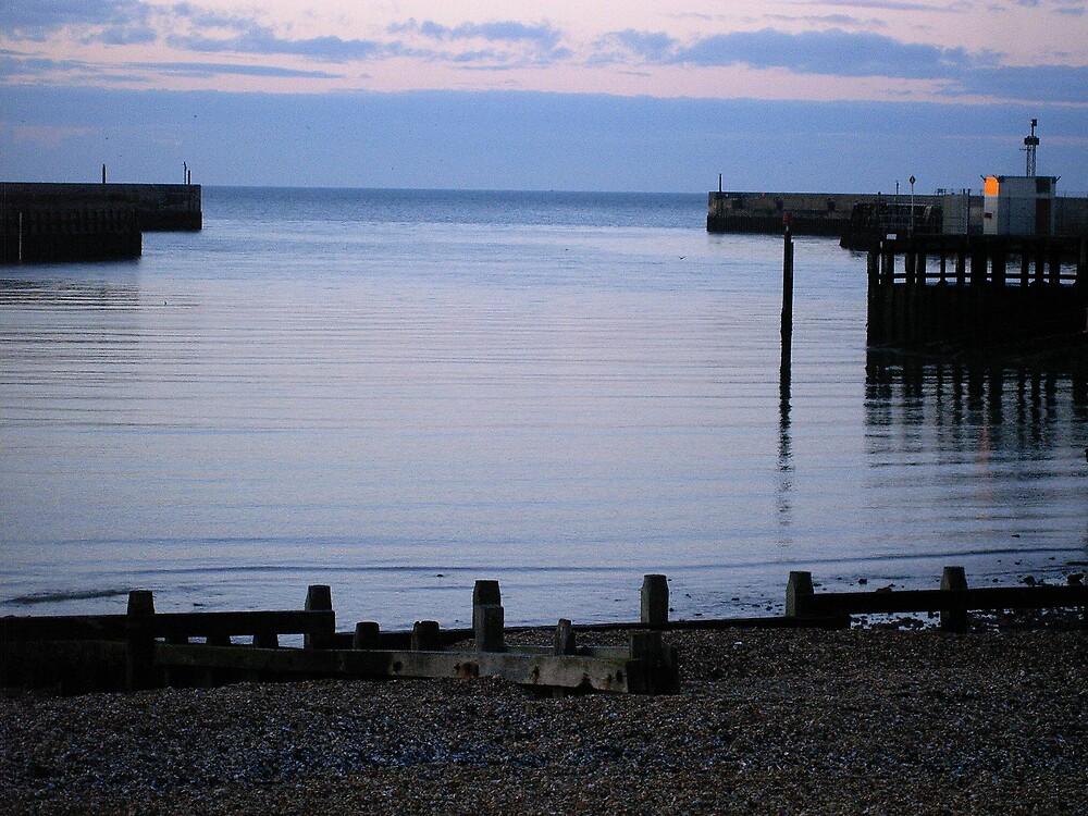 Calm Sea by Nx75