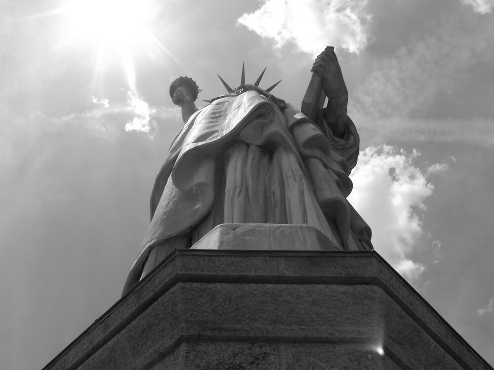 Lady Liberty by charliewoods