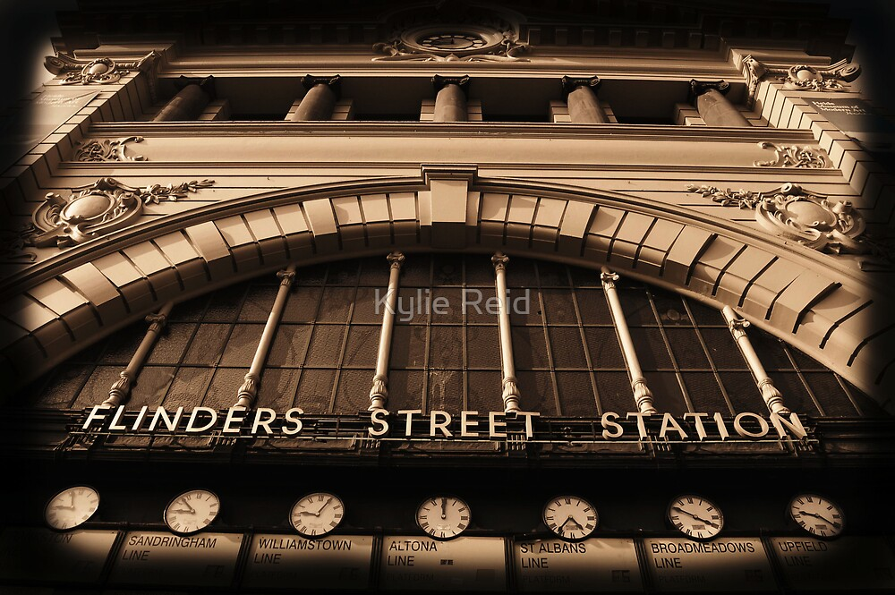 Flinders Street by Kylie Reid