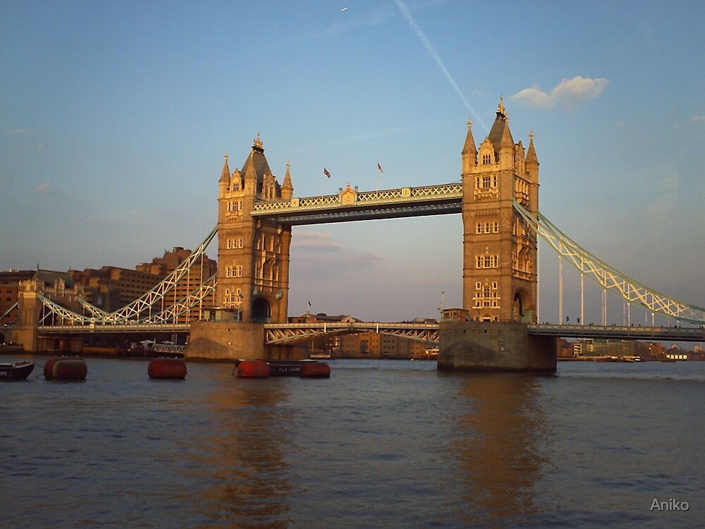 Tower Bridge by Aniko