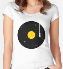 Musik überall Tailliertes Rundhals-Shirt