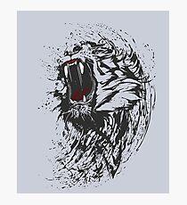 tiger löwe wild angriff blut horror fun geek man chef team  Photographic Print