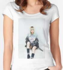 Blackpink - Lisa  Women's Fitted Scoop T-Shirt