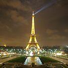 Tour Eiffel by Ashley Ng