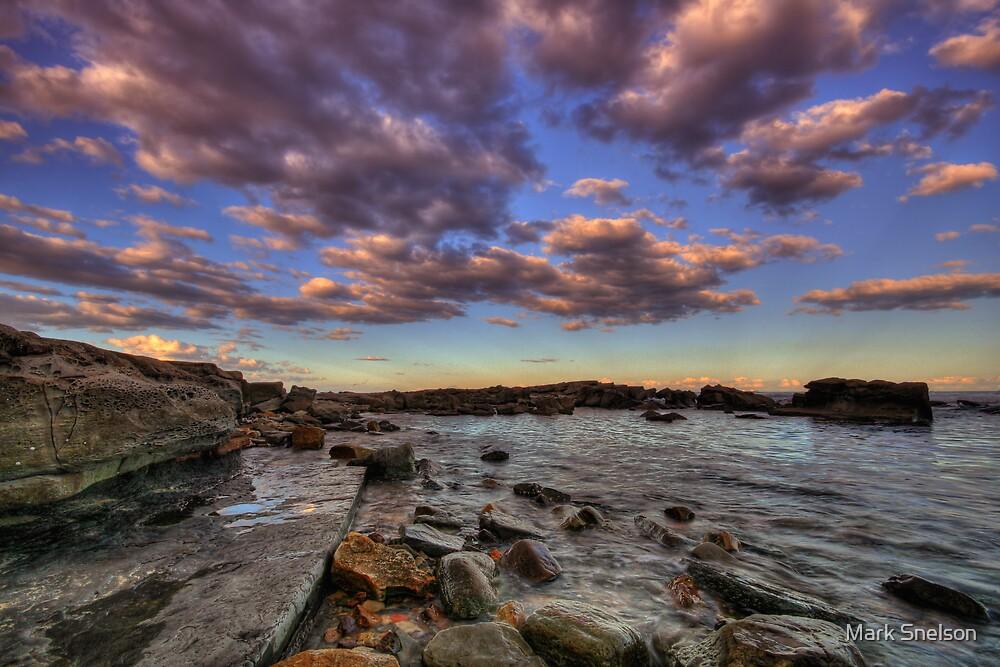 Burwood Rocks 6 by Mark Snelson