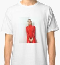 Miss Beyla Hughes Latex Leder PVC Fetisch Model Classic T-Shirt
