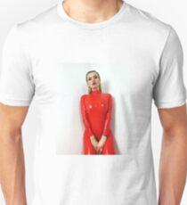 Miss Beyla Hughes Latex Leder PVC Fetisch Model Unisex T-Shirt