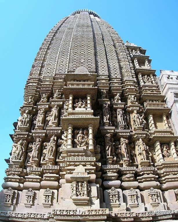 Khajuraho temple by vsushant