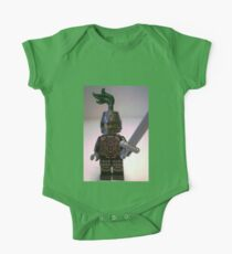 Dragon Knight Minifigure with Scale Mail with Chains, Helmet Closed, & green plume  One Piece - Short Sleeve