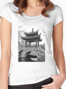 Chinese Pavilion - bw Women's Fitted Scoop T-Shirt