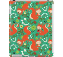 Nutty Squirrel Pattern  iPad Case/Skin