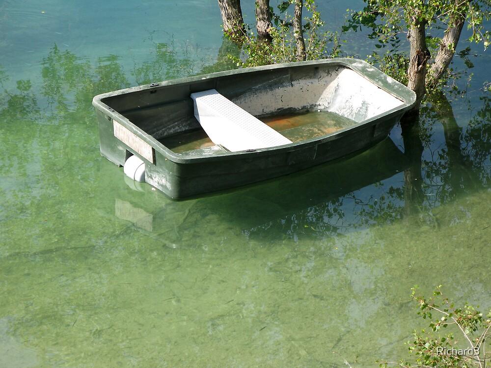 Boat on La Lac du Croix by Richard3