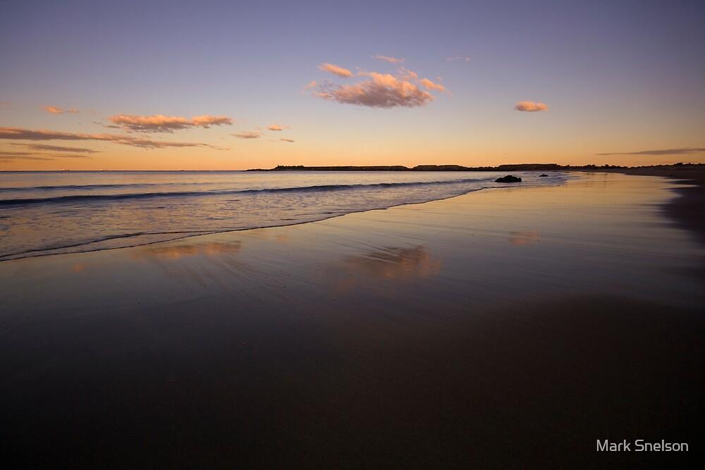Spoon Rocks Beach by Mark Snelson