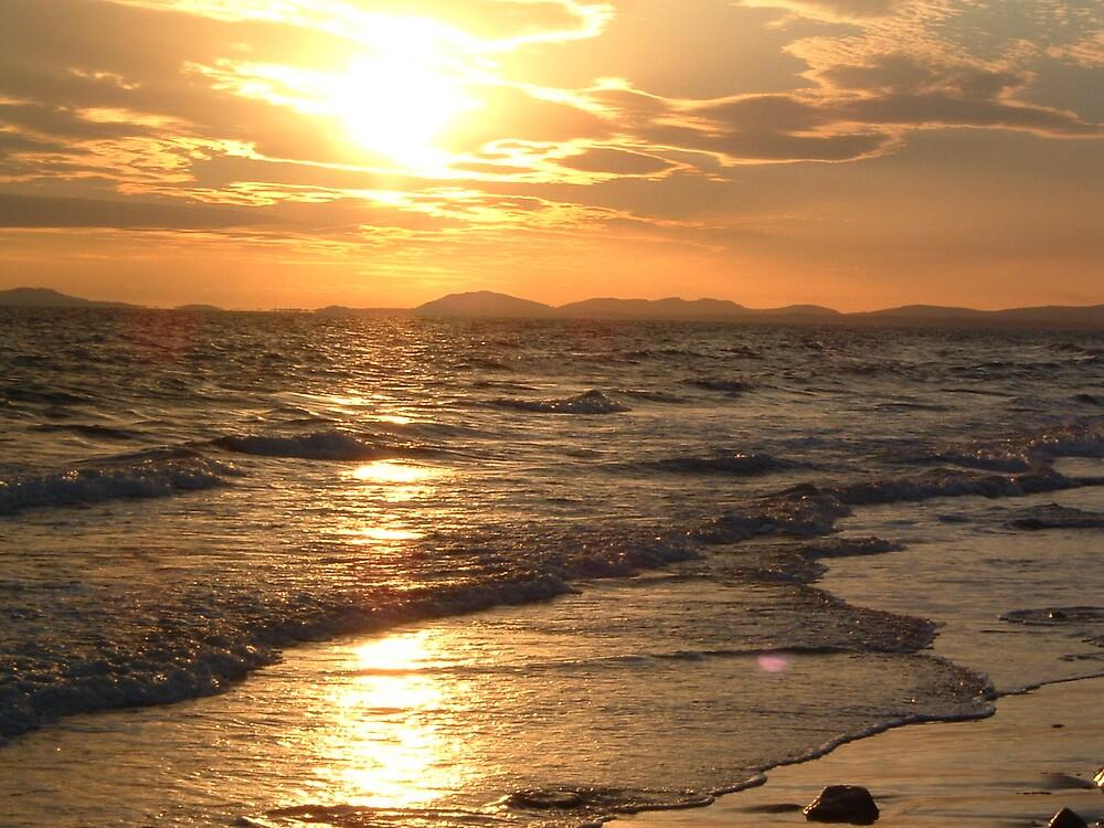 Barmouth beach, Wales, UK by lisa22
