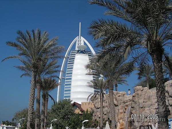 Jumeirah Hotel Dubai by Tamsyn Hearn