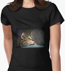 Maine Coon Tabby Cat Artwork Women's Fitted T-Shirt