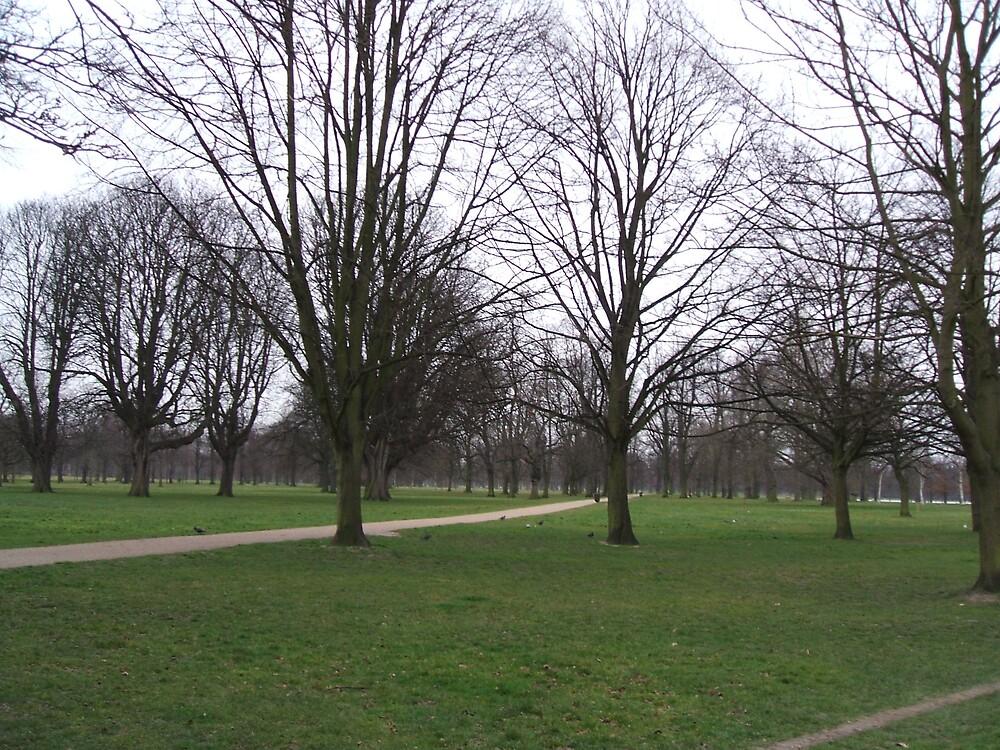 Kensington park in London by bethross
