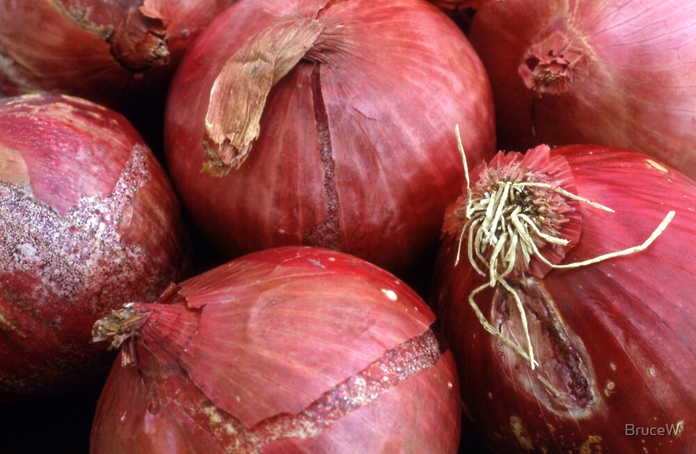 Red Onions by BruceW
