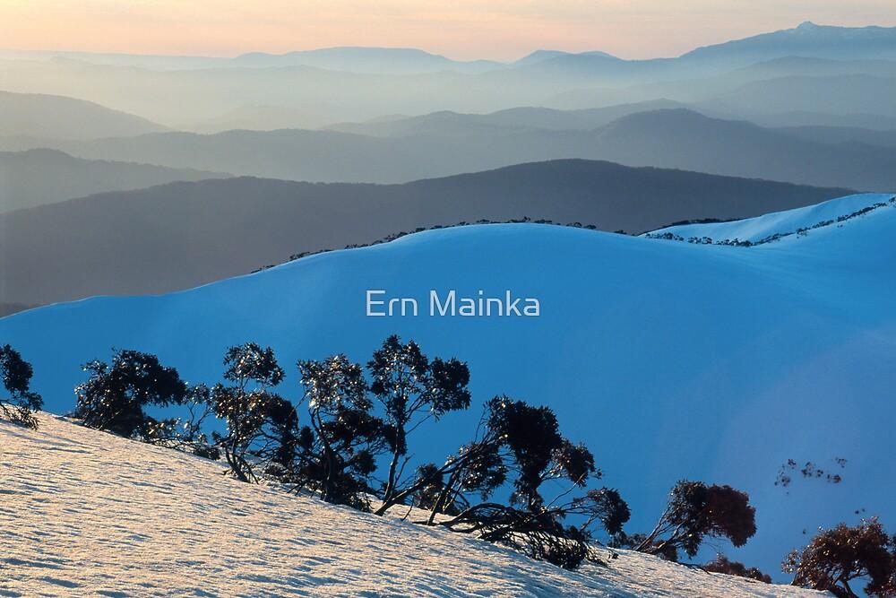 Mount Hotham by Ern Mainka