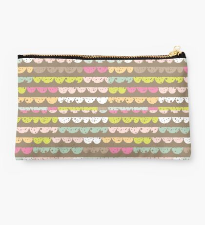 Colorful Scallop Pattern Studio Pouch