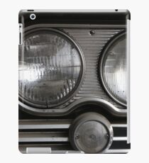 Twin lights vintage American car iPad Case/Skin