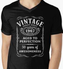 Vintage Limited 1967 Edition - 50th Birthday Gift Men's V-Neck T-Shirt