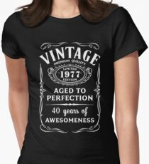 Vintage Limited 1977 Edition - 40th Birthday Gift Women's Fitted T-Shirt