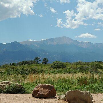 Pikes Peak In August by ritesideup