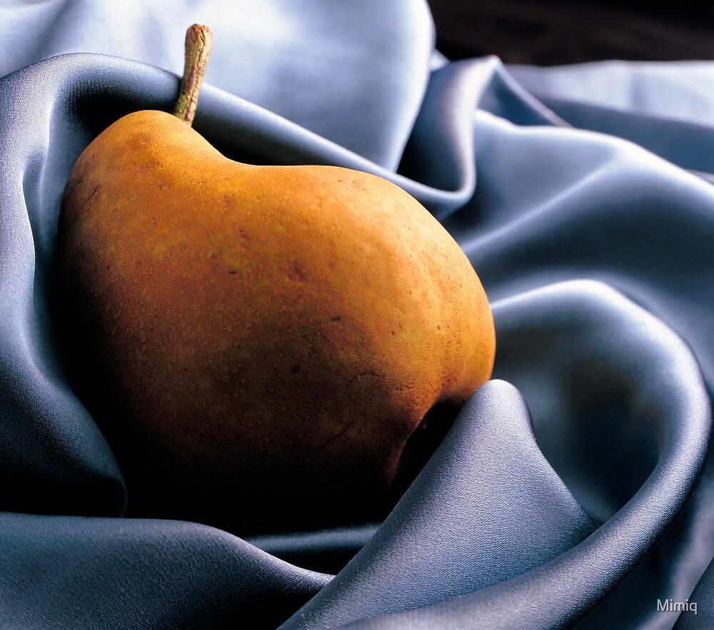 Pear by Mimiq