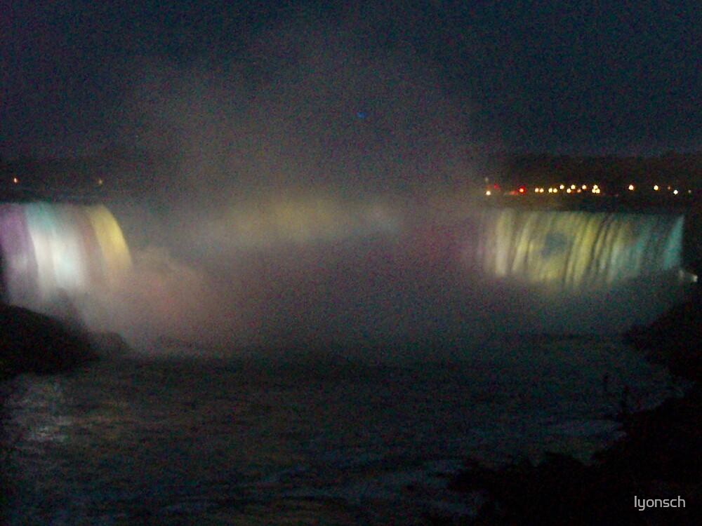 Niagara Falls, Ontario by lyonsch
