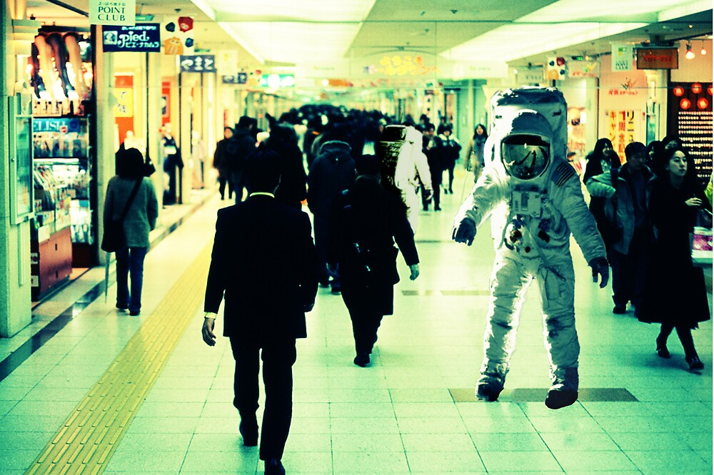 Commuting Spacemen by betelnut