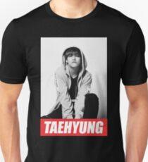 bangtan boys taehyung T-Shirt