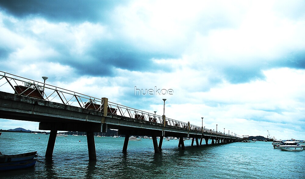 Chalong bay bridge by huekoe