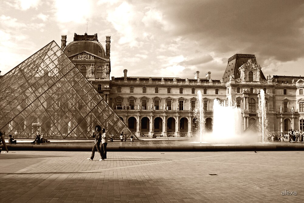 Pyramid at the Louvre by alexa