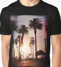 Design Vintage Style Beach Surf Graphic T-Shirt