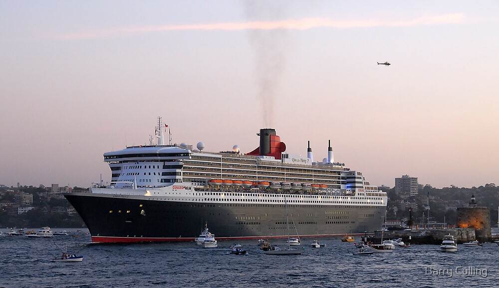Queen Mary 2 by Barry Culling