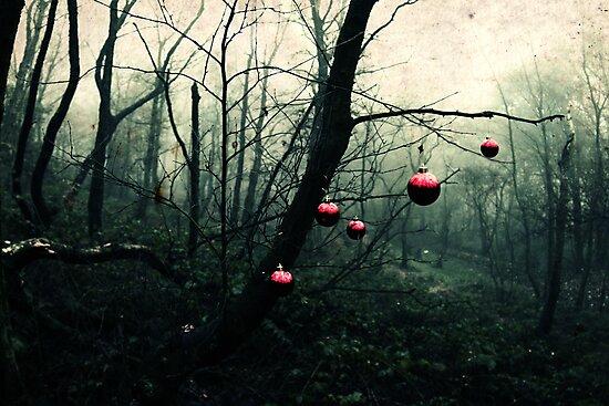 Creepy Christmas by agobo