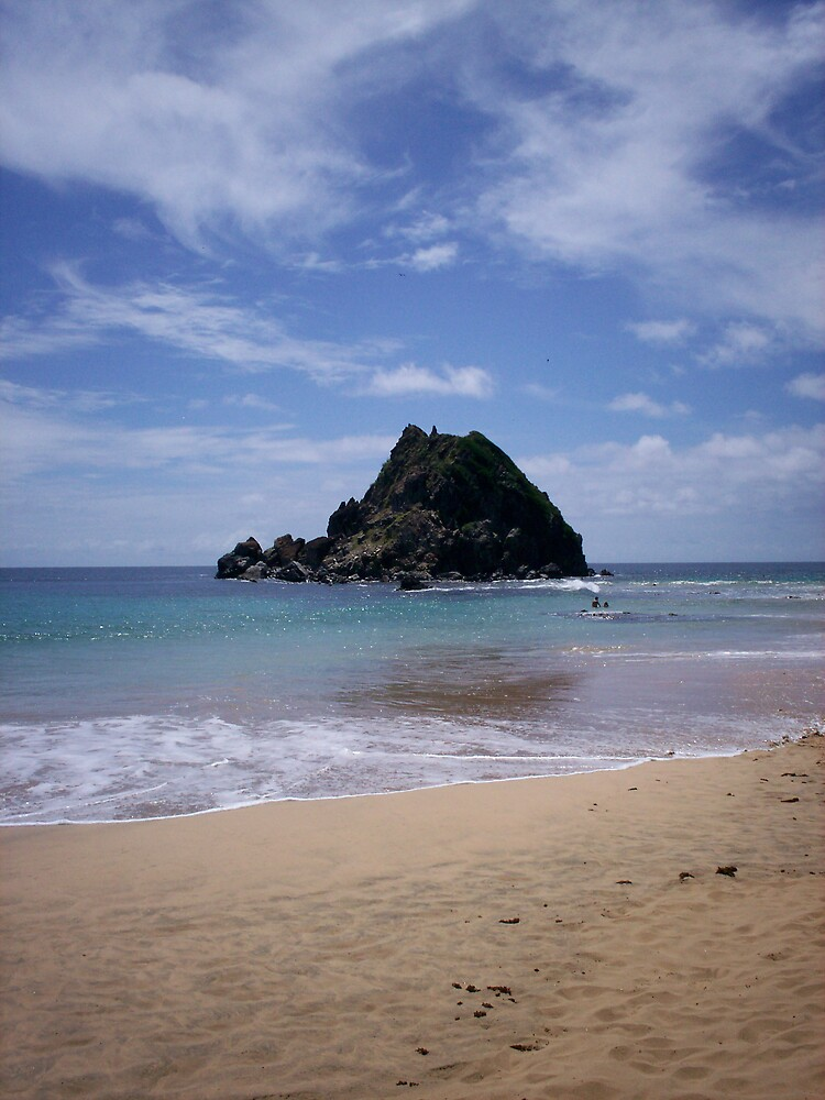 Noronha Waters by xubee