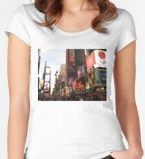 New York Time Women's Fitted Scoop T-Shirt