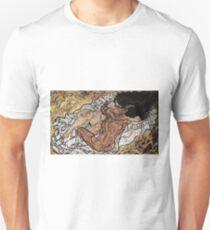 Egon Schiele - The Embrace 1917 Unisex T-Shirt