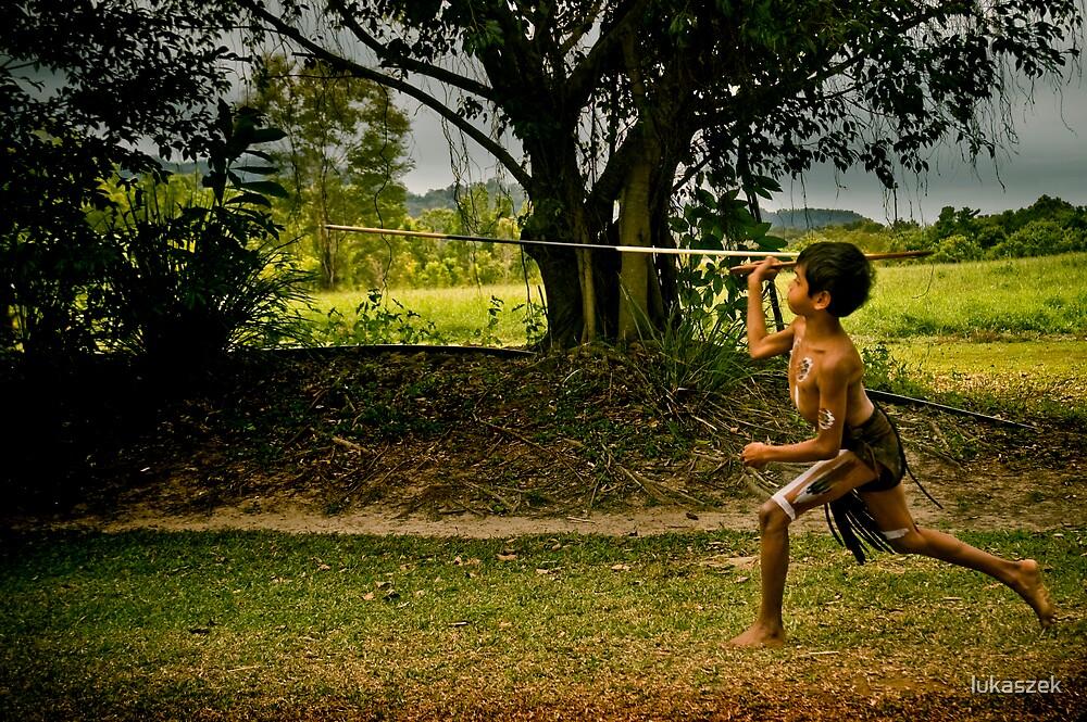 Spear Throwing by lukaszek
