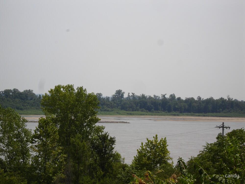 The Missoui River at Jefferson Bariks Park by candy