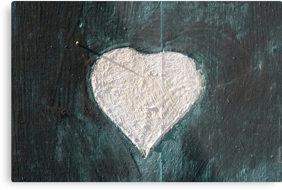 White Heart by Walter Quirtmair