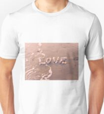 Love washes over you T-Shirt
