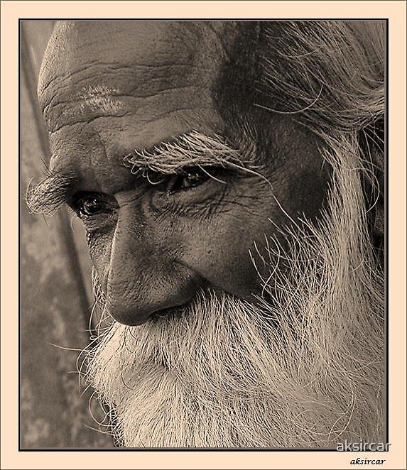 Old man  by aksircar